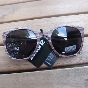 7eacc693aa Zumiez Keyhole Wood Look Sunglasses Retro 80 s Vintage Sun Glasses ...