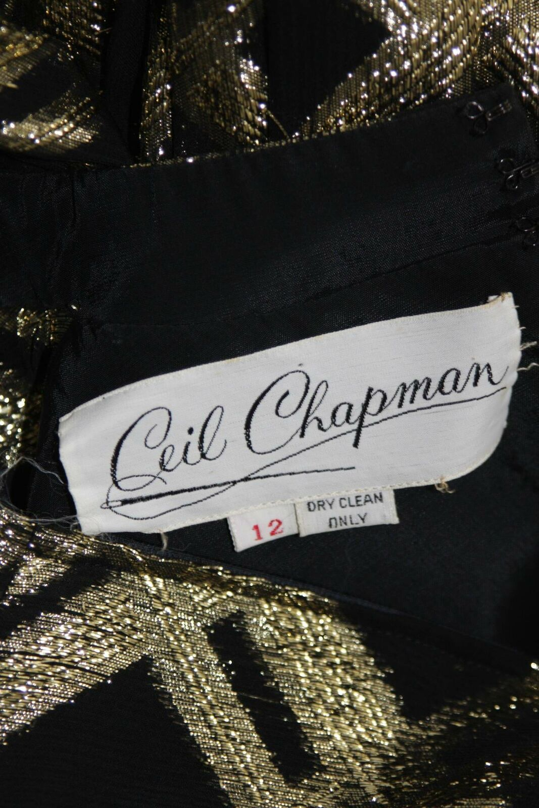 CEIL CHAPMAN Black Silk and Gold Cocktail Dress S… - image 10