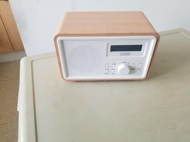 LHDR15 Portable DAB//FM Clock Radio Refurbished LOGIK Light Wood /& White