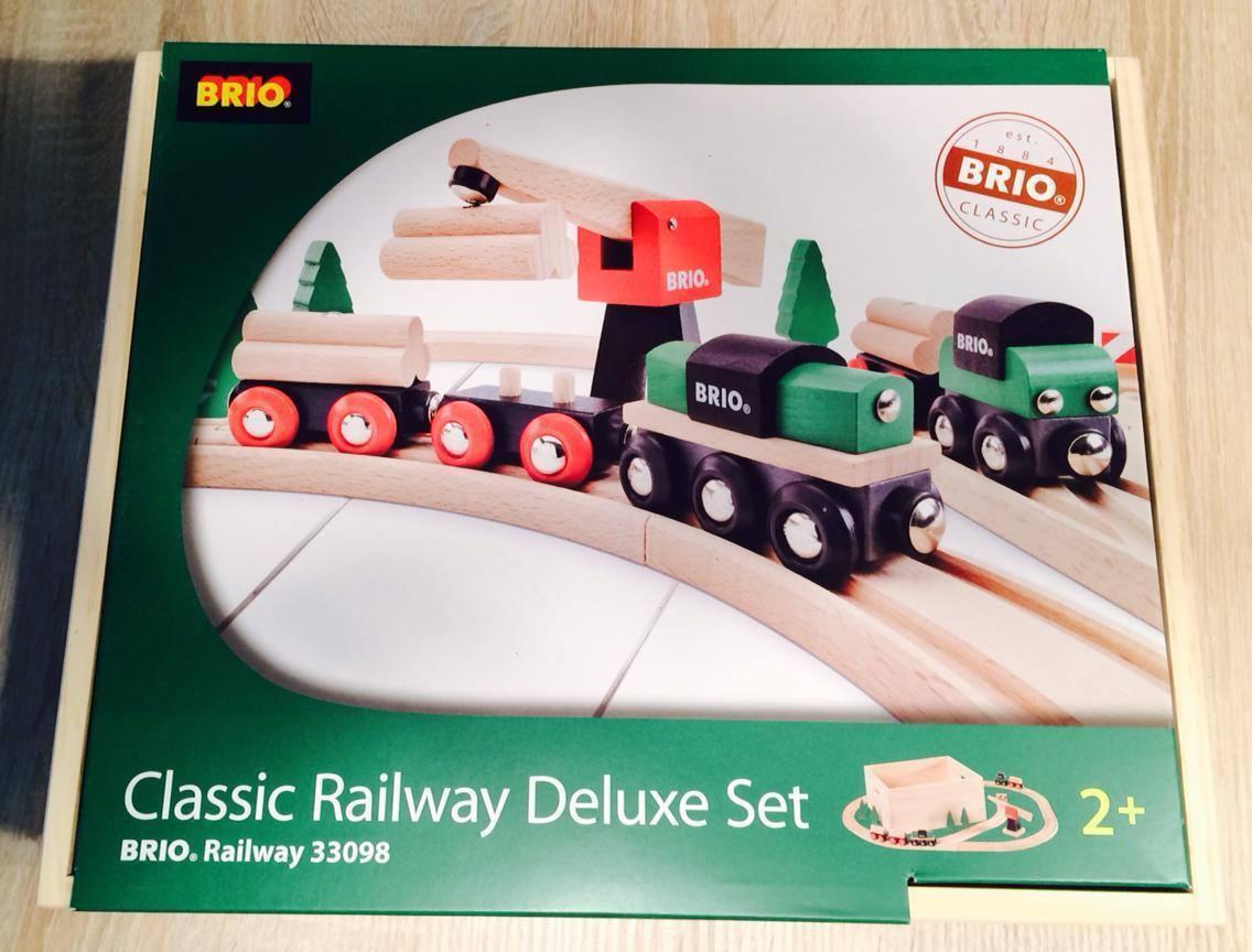 Brio Classic Railway Deluxe Set Holzeisenbahn 33098 ab 2 Jahren