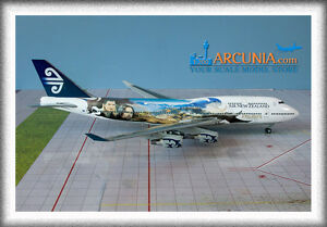 "Gemini200 - JC Wings 1:200 Air New Zealand Boeing 747-400 ""LOTR - ZK-SUJ"" XX2925"