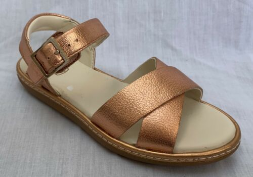BNIB Clarks Girls Skylark Pure Bronze Leather Sandals F//G