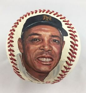 Young-Willie-Mays-Portrait-Hand-Painted-on-an-Official-Baseball-ES-Erwin-Sadler