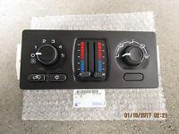 03 - 04 Chevy Silverado A/c Heater Climate Temperature Control 21997350