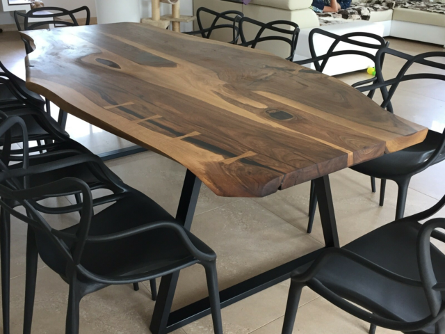 Spisebord, valnød, Unique Slab Furniture, b: 120 l: 240,…