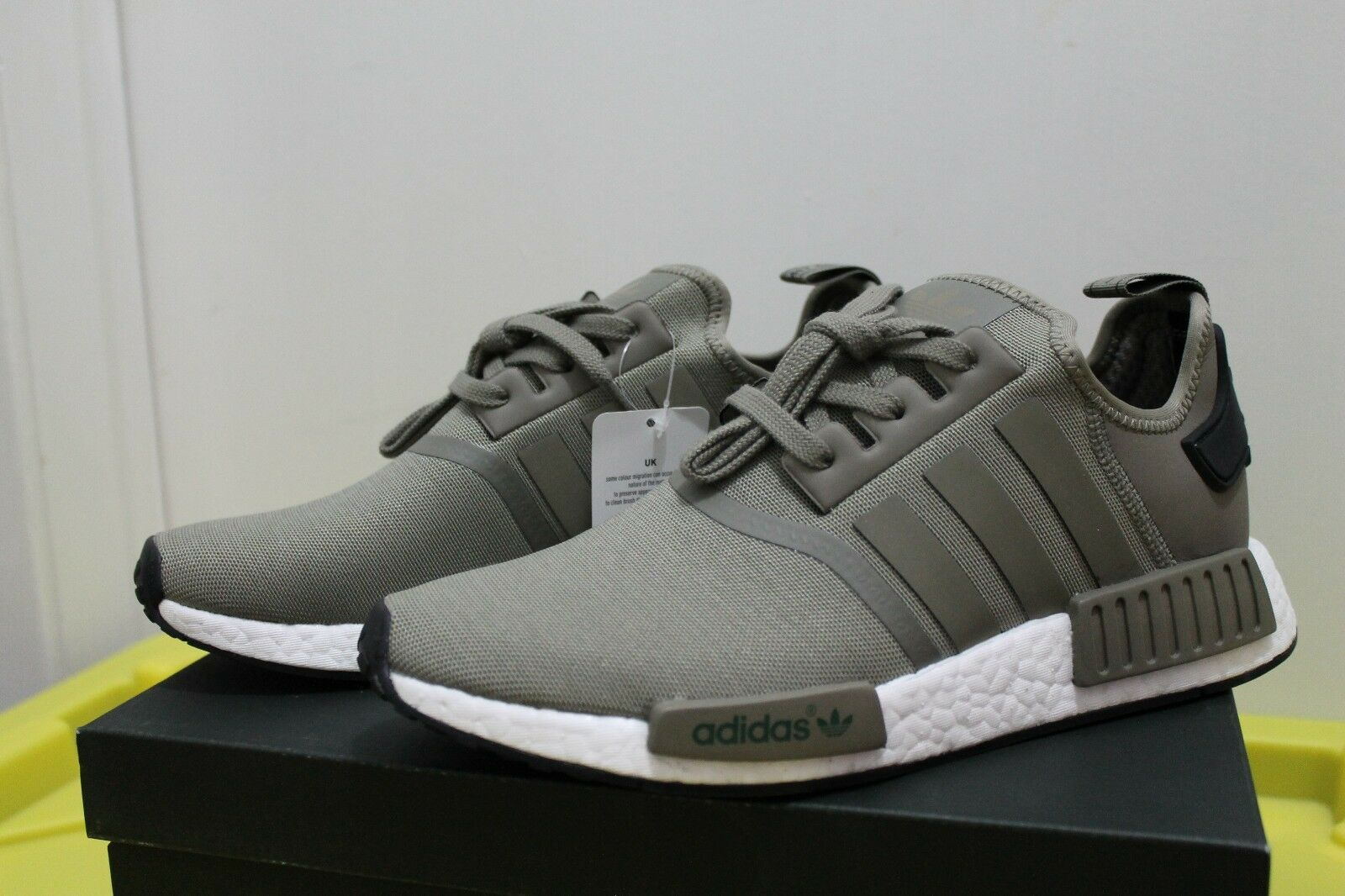NEW Adidas NMD R1 Black Trace Cargo / Core Black R1 Mens Size SZ 9.5 BA7249 DS Deadstock 475d74