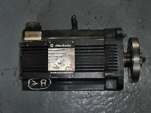 Allen Bradley Bulletin 1326 Ac Servo Motor 1326ab B505c 21