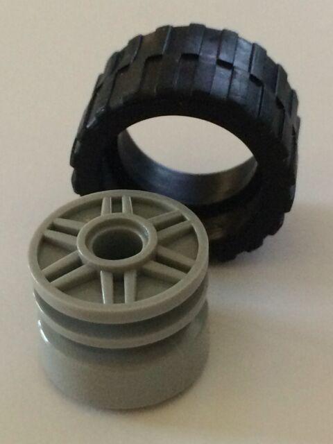 *NEW* 4 Lego GRAY Wheel 18mm D. x 14mm FAKE BOLTS & Shallow Spokes BLACK TIRE14