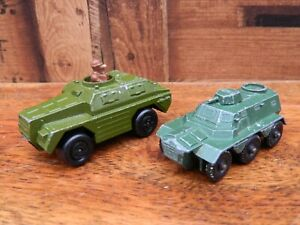 Matchbox-Rollamatics-Army-Stoat-Vehicle-and-Lesyney-Saracen-Personnel-Carrier