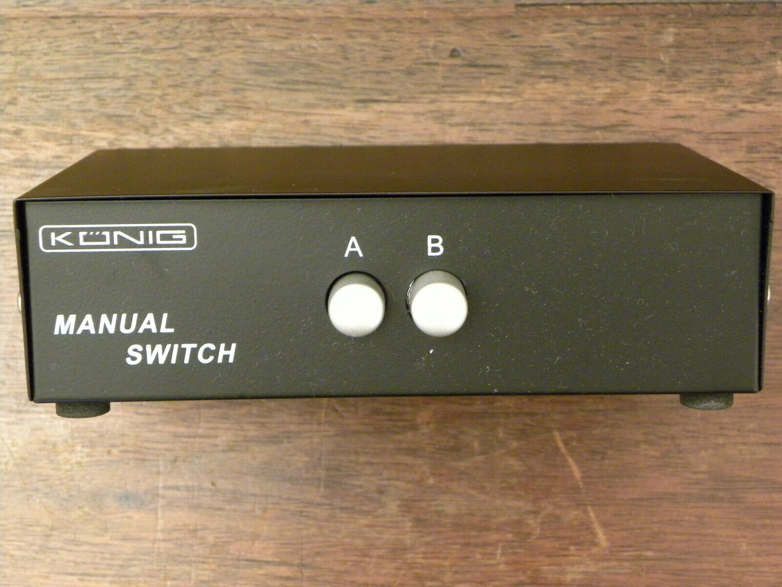 Konig 2 Port/Way VGA Manual Switch Box (Dual Link 2 In 1 PC Video Selector)