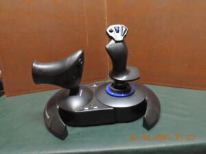 Thrustmaster T-flight Hotas 4 Joystick for PSC and PS4
