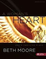 A Woman`s Heart: God`s Dwelling Place (member Book Updated) By Beth Moore, (pape on sale