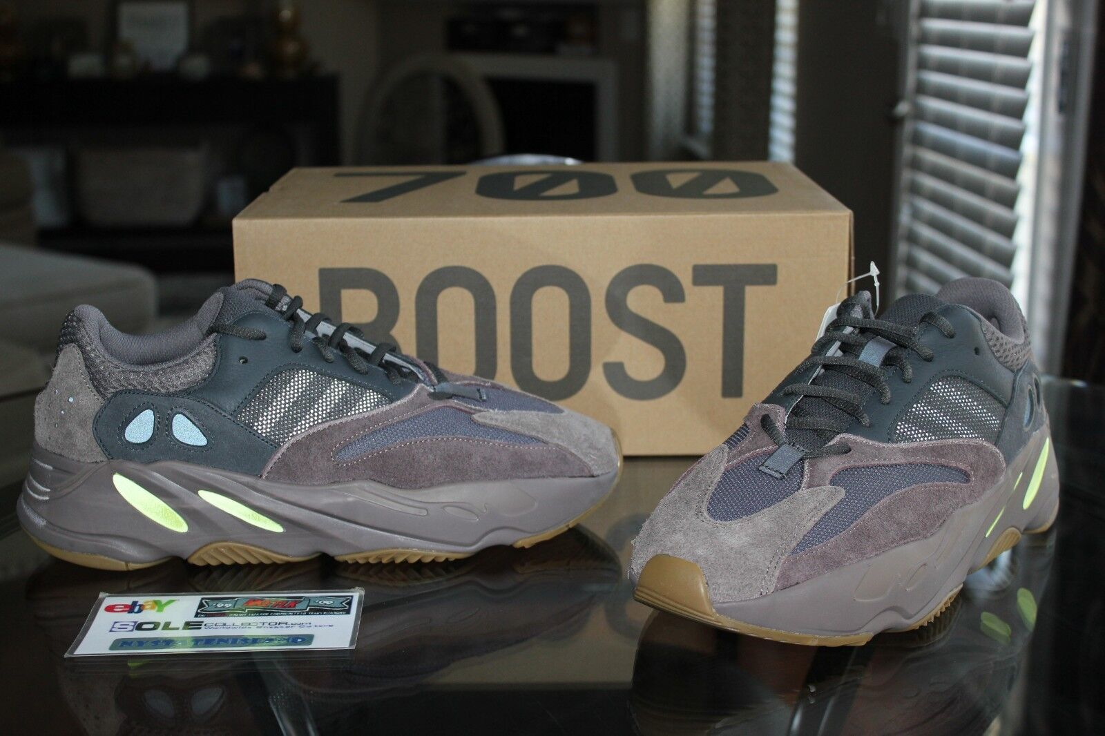 Deadstock Adidas Yeezy Boost 700 Mauve EE9614 Sizes 10 & 11