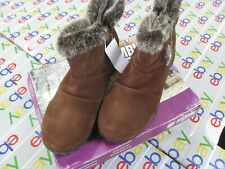 Khombu Women/'s Lindsey Boots Suede Water Repel 20 Degree Rated ~ Sizes !