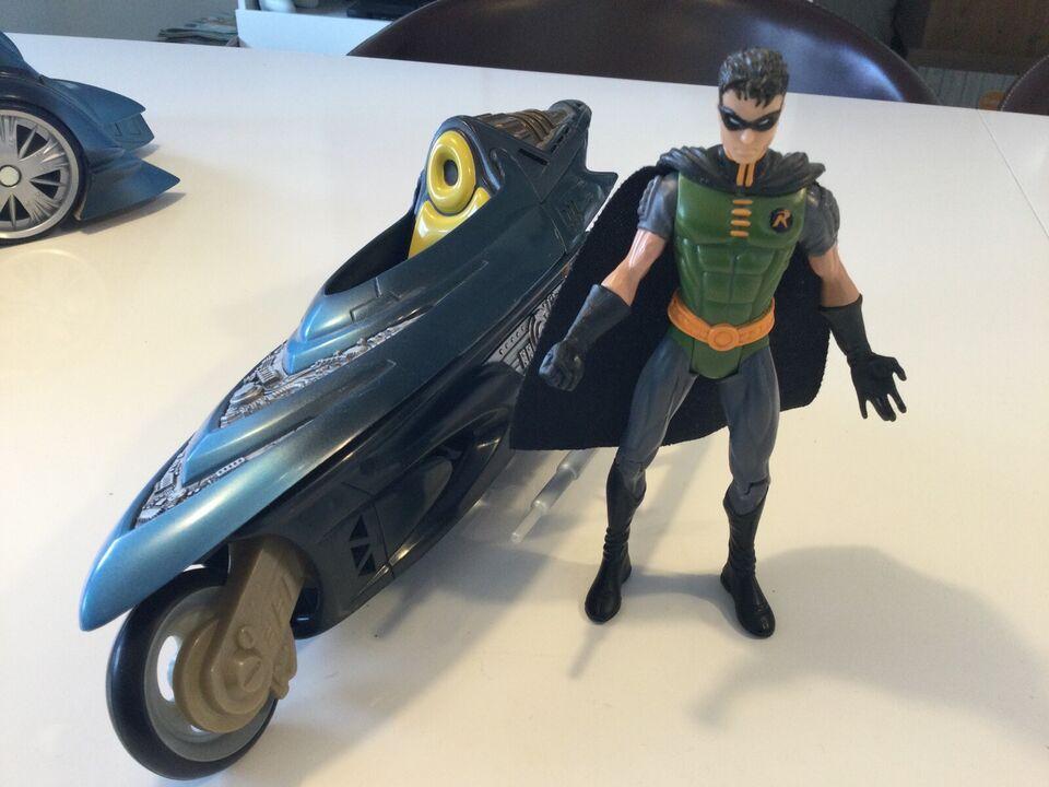Batmobil, Hot Toys