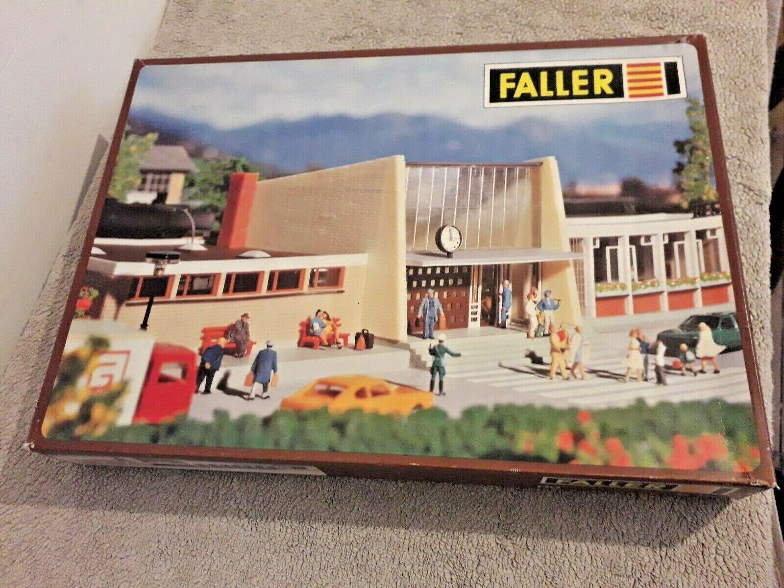 Faller B-111 Train Station Building Kit unused New Old on spurs OO HO Gauge