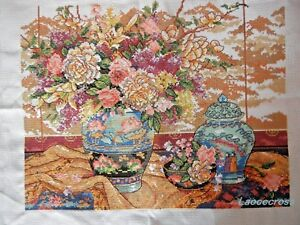 NEW-Completed-finished-cross-stitch-needlepoint-034-Classical-vase-034-home-decor-gift