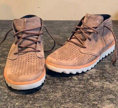 Comfort Sneaker SZ 8