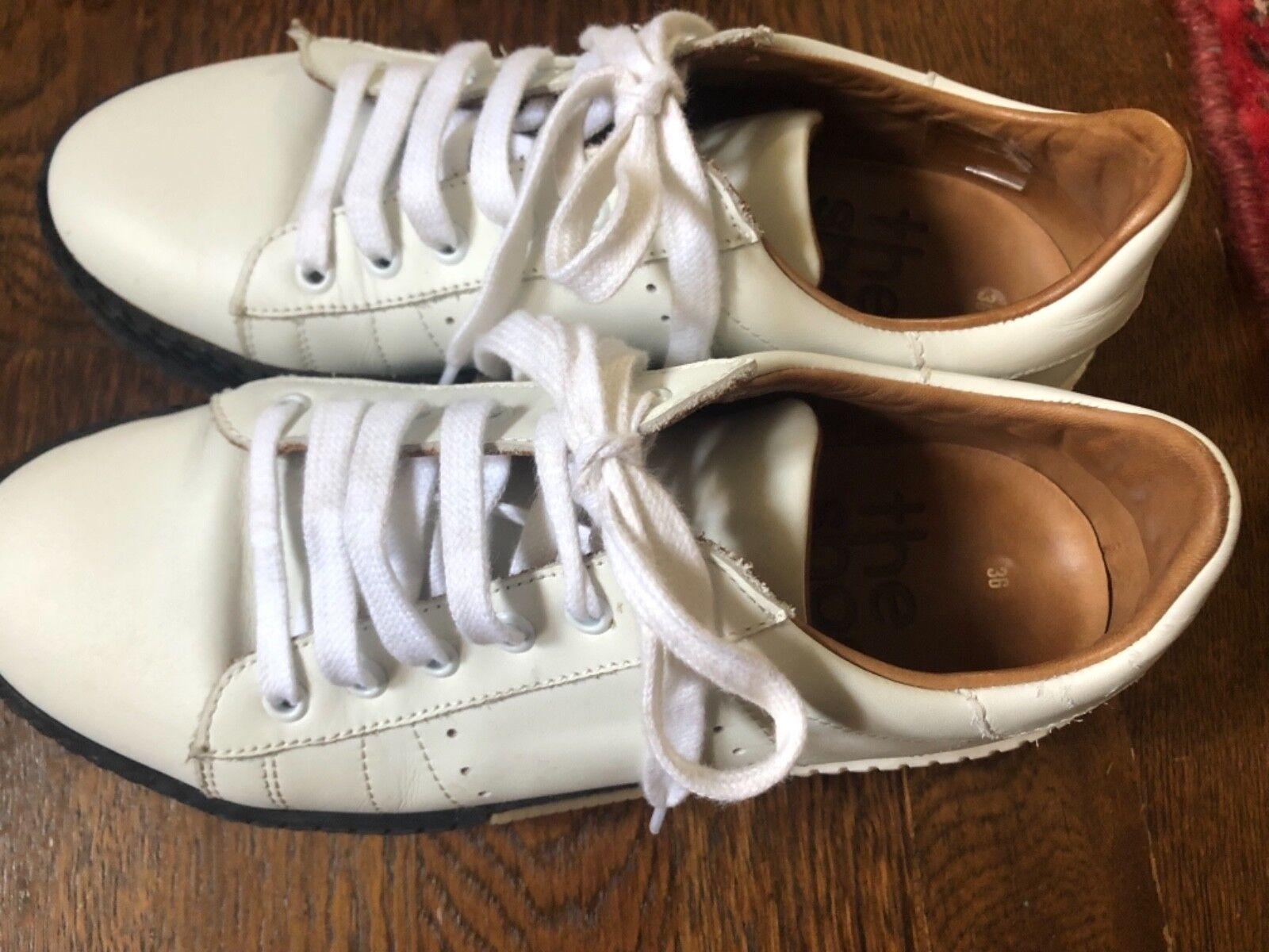 La chaussure Boîte en Cuir Blanc Baskets Taille 36 6