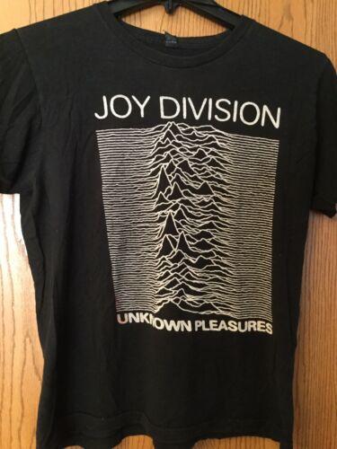 """Joy Division - """"Unknown Pleasures"""".  Black Shirt."""