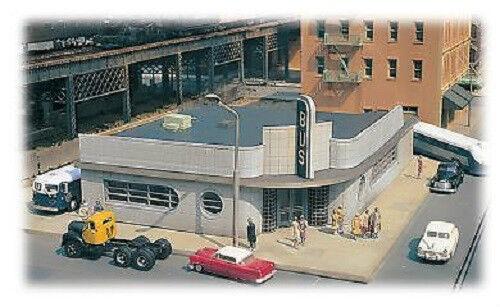 Gauge H0 KIT Bus Station 88005 Neu