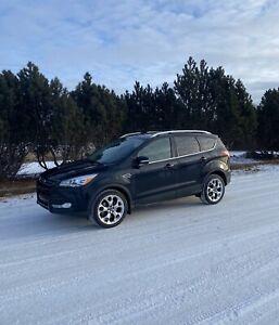 2013 Ford Escape AWD Navigation Camera Auto Park Leather