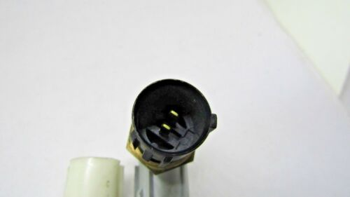 Engine Coolant Temperature Sensor Standard TX37