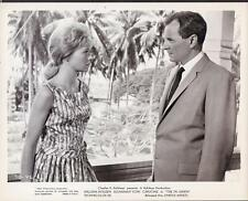 William Holden Susannah York The 7th Dawn 1964 original movie photo 27558