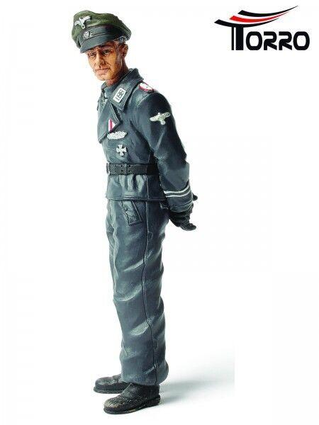 Neu WWII  Fertig Figur  stehend 1:16  Obersturmbannführer Jochen Peiper  bemalt