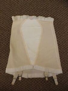 Pillow-Tabbed-Vtg-50s-60s-NEW-Open-Bottom-Shaper-Girdle-w-Nylon-Garters-S-25-26