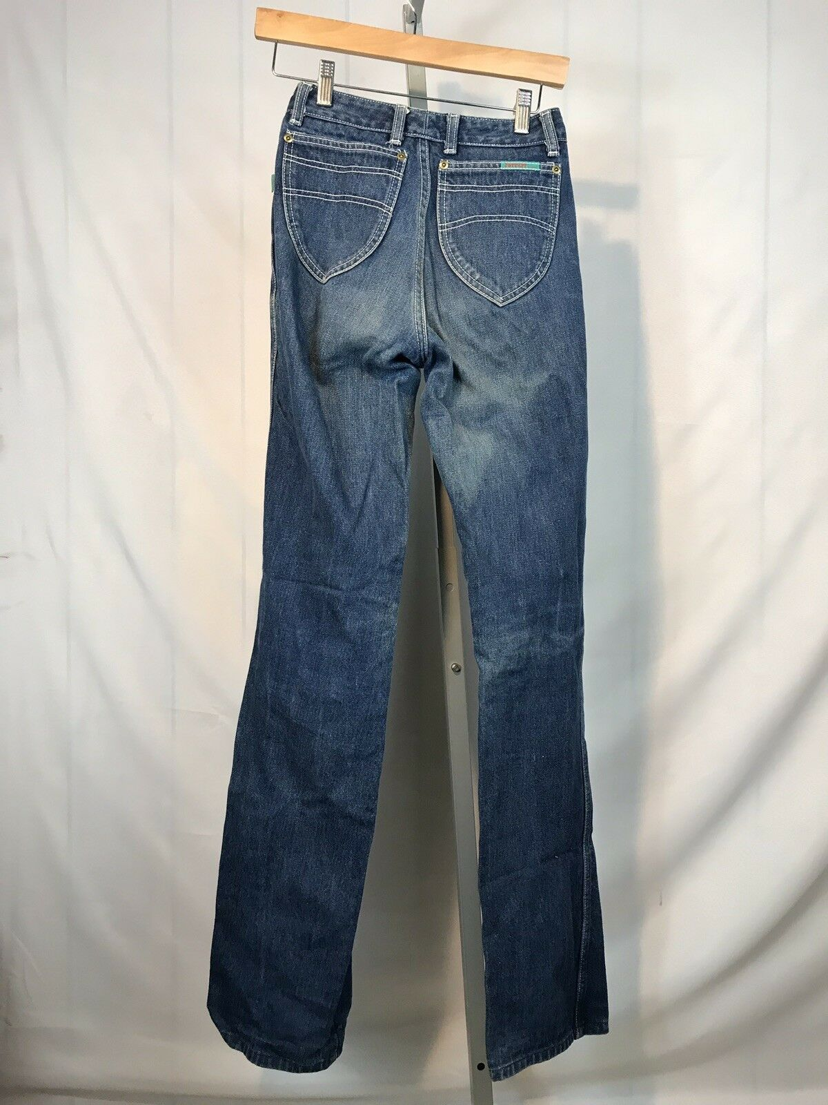 "Ferrari Women's Jeans 24"" Waist 33"" Inseam Size 36 Free US Shipping (AP)"