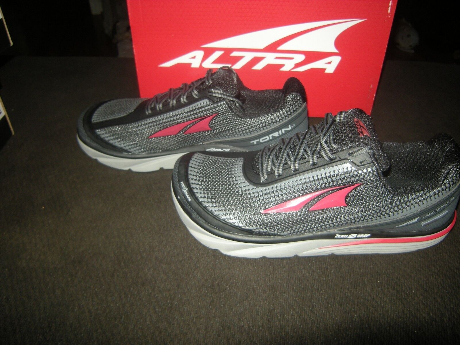 New Mens Black & Red Altra Torin 3.0 Running Shoes, Size 11.5