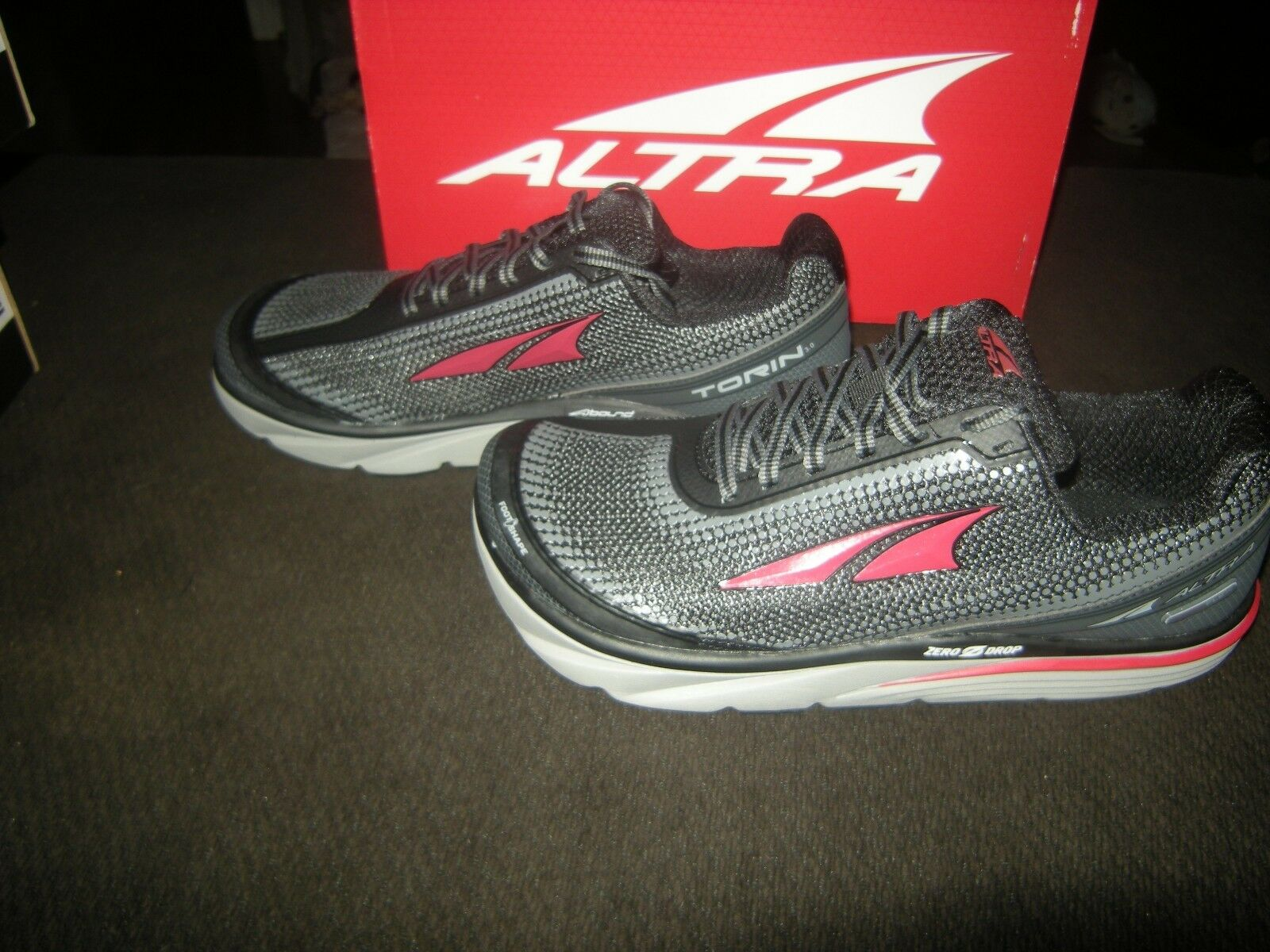 New Mens Black & Red Altra Torin 3.0 Running shoes, Size 9.5