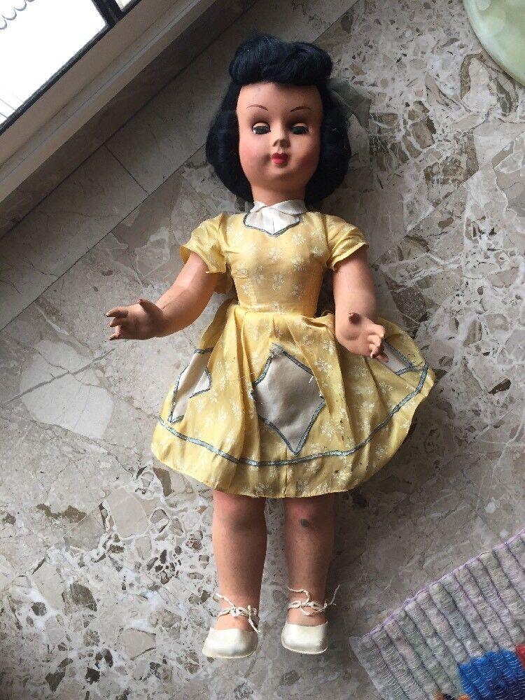 Bambola Antica Grande Con Abiti Originali