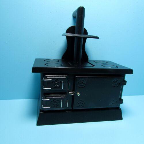 Dollhouse Miniature Kitchen Wood Burning Stove in Black ~ T6156
