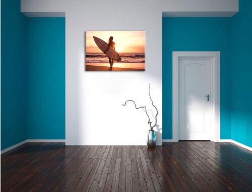 Surferin vor Sonnenuntergang Leinwandbild Wanddeko Kunstdruck