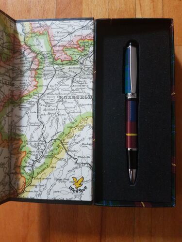 GIFT BOX RRP £17.99 NEW IN BOX.VARIOUS COLOURS LYLE /& SCOTT  BALL PEN