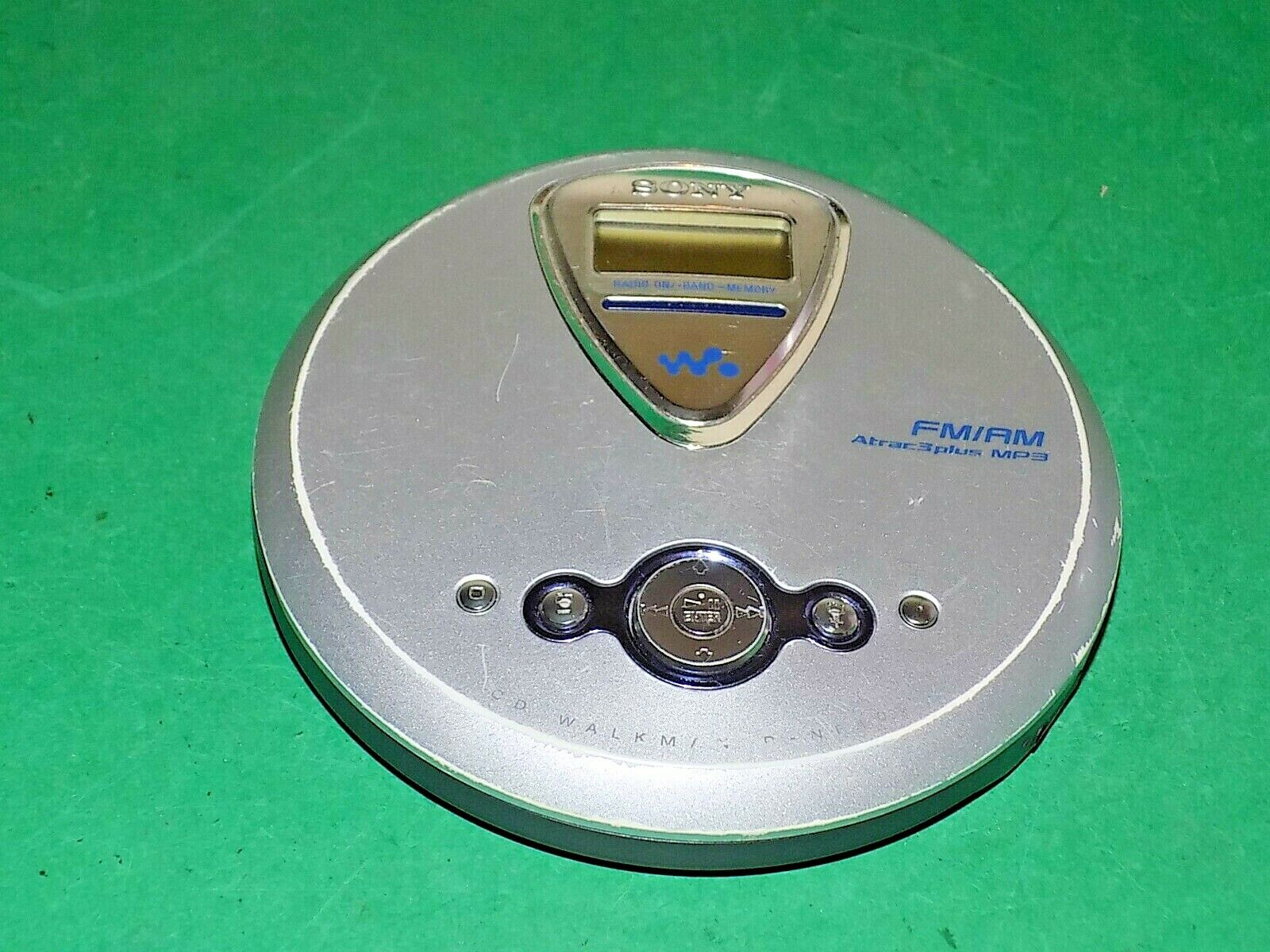 TV FM Sony D-NF400 ATRAC Walkman Portable CD Player with Digital AM Weather Tuner