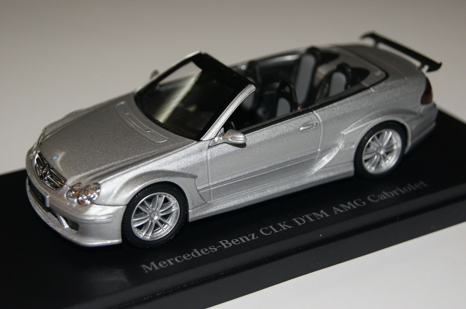 Mercedes CLK DTM AMG converdeible Street versión plata 1 43 43 43 Kyosho & OVP 3219s 0f1414