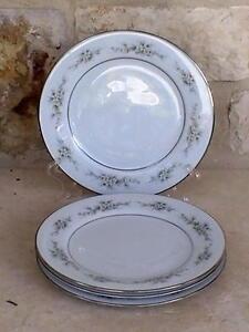 Noritake-Melissa-3080-4-Salad-Plates-Contemporary-Floral-Platinum