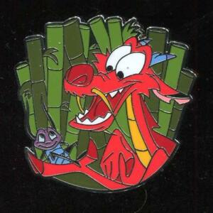 Mushu-Holding-Crickee-Disney-Pin-127346