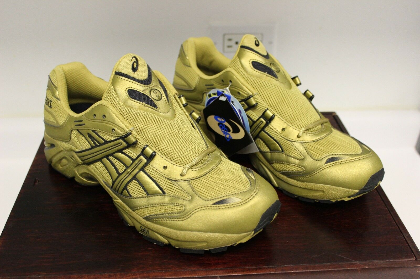 ASICS GEL KAYANO ALIFE GOLD LIMITED EDITION x ALIFE KAYANO RIVINGTON CLUB RUNNING SNEAKERS 11 1bcc53