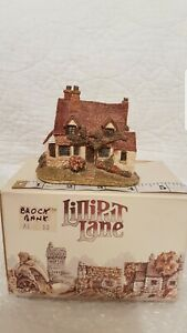 Lilliput-Lane-BROCK-BANK-Miniature-Collectible-Vintage-Cottage