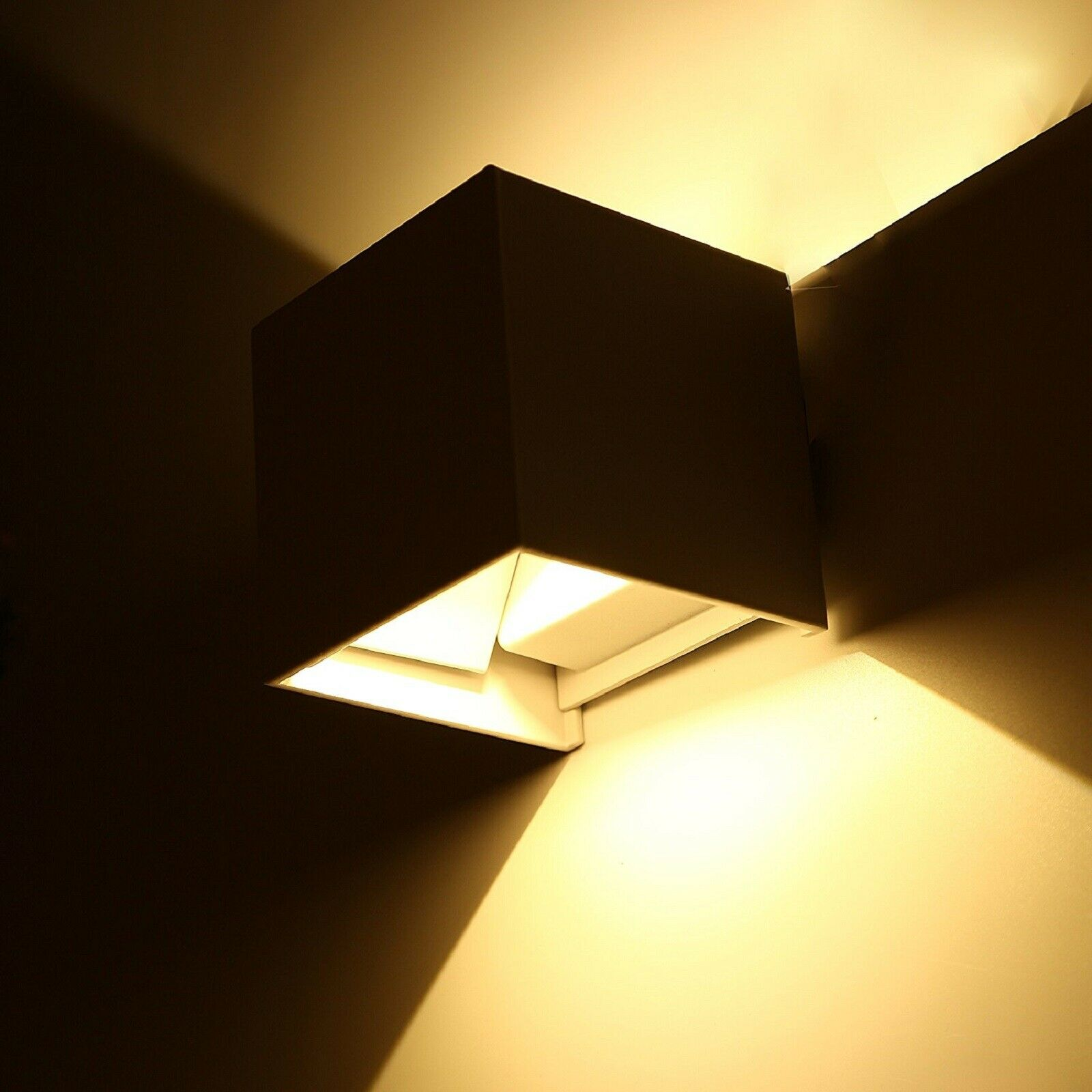 Applique cubo lampada parete luce led regolabile biemissione 6w 10w 40w IP65