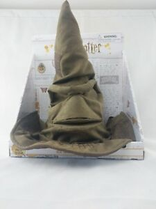 NEW-Wizarding-World-Of-Harry-Potter-Talking-Animated-Sorting-Hat-Hard-To-Find