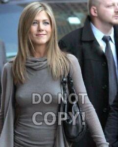8x10-photo-Jennifer-Aniston-12-pretty-sexy-TV-amp-movie-star-out-amp-about