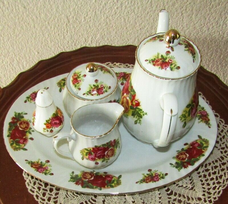 Elegant China - English Rose - Large 6 Guest Set with some Extras