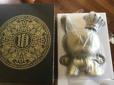 "DUNNY 20"" GOLD KING BY TRISTAN EATON LE 300 PIECES NEW X DECENNIAL KIDROBOT"