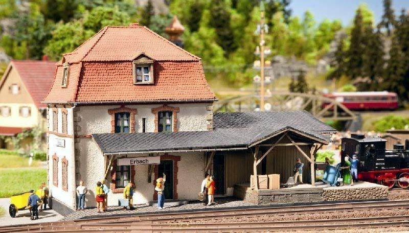 Noch H0 (66002): Stazione di Erbach