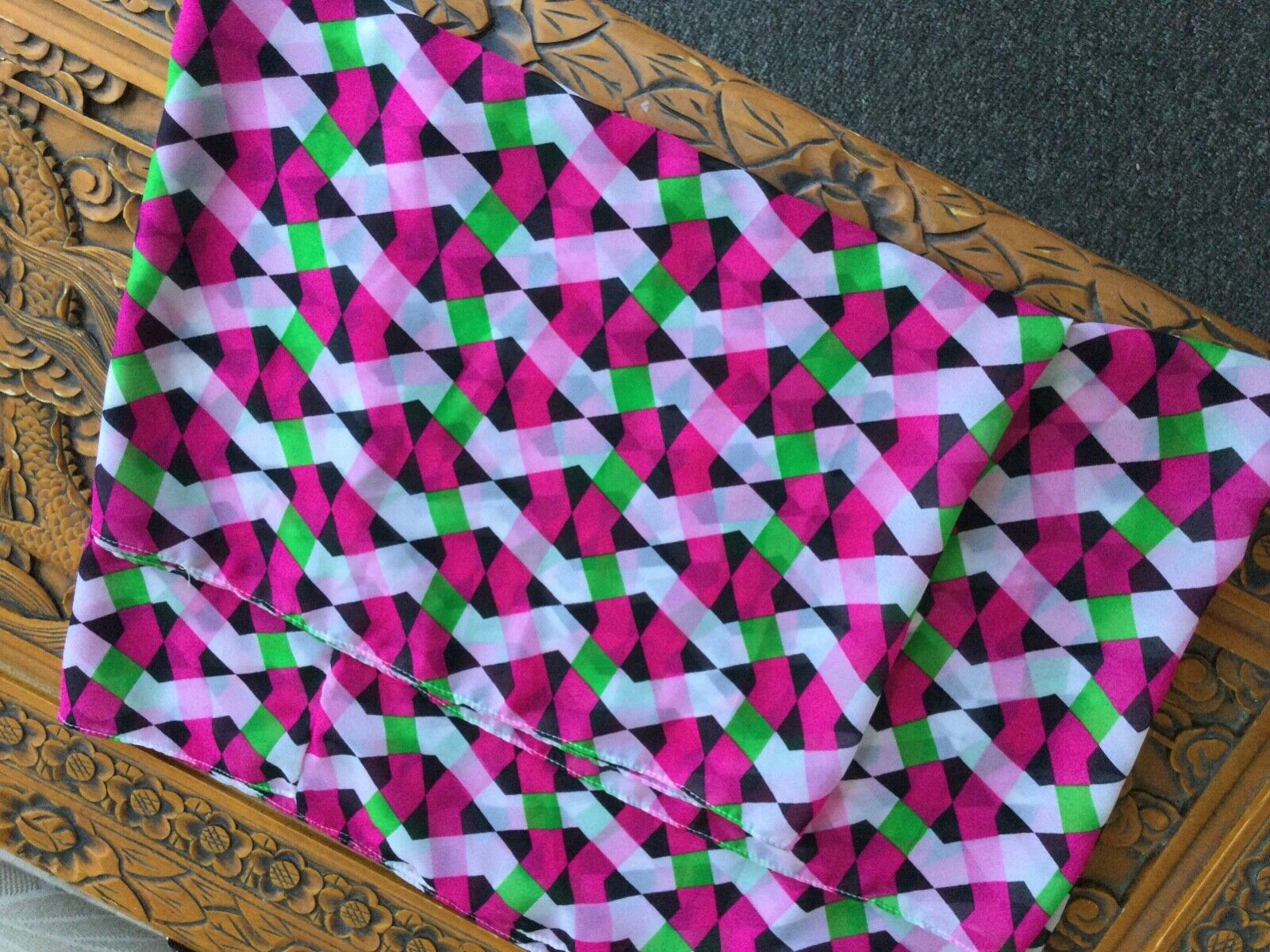 Amazing Assorted Colors Pink Green White Black Beautiful Infinity scarf